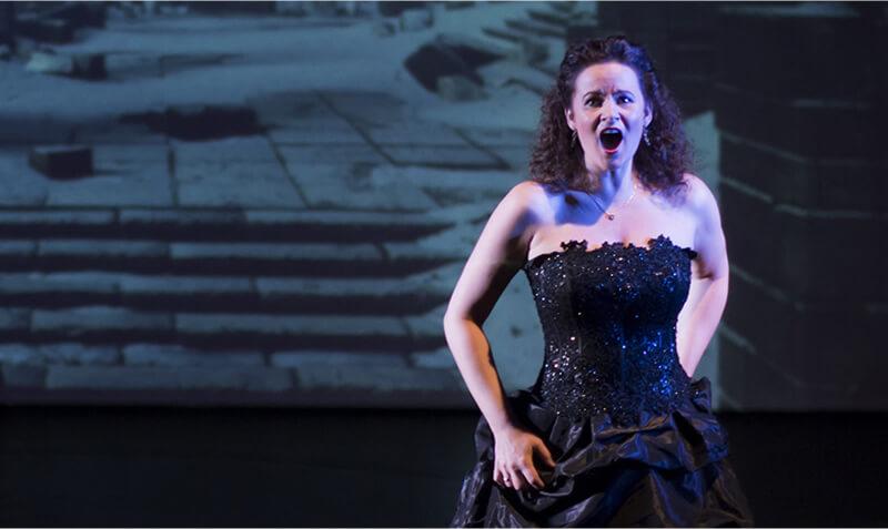 Sabine singt Oper